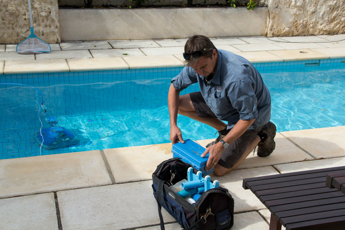 So you want to start a pool service business pool for Pool service