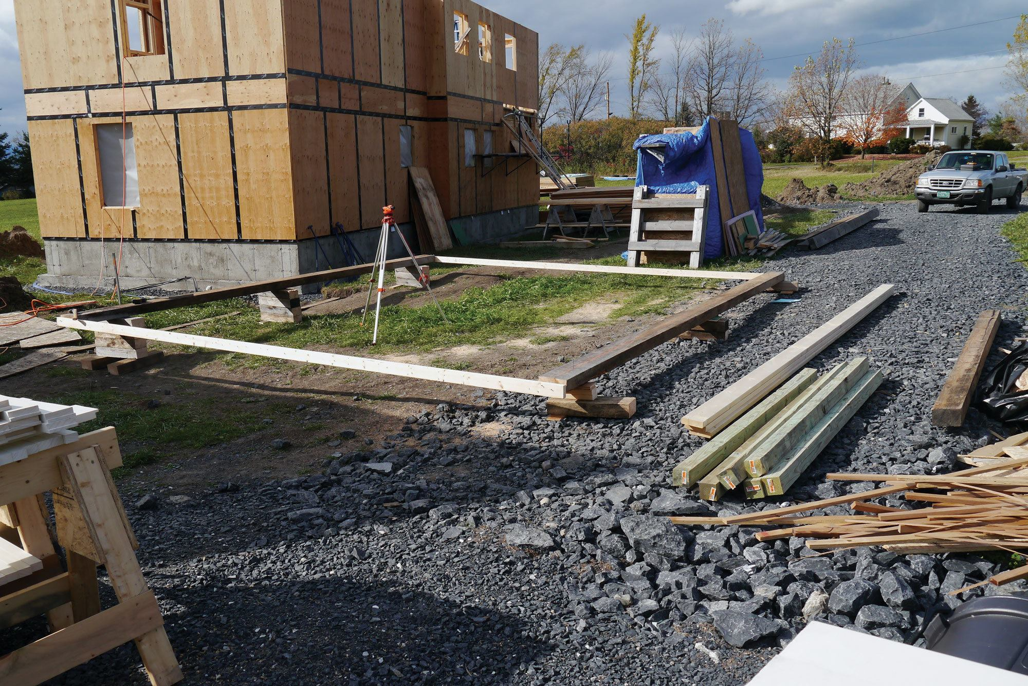 How To Safely Frame A Roof On The Ground Jlc Online