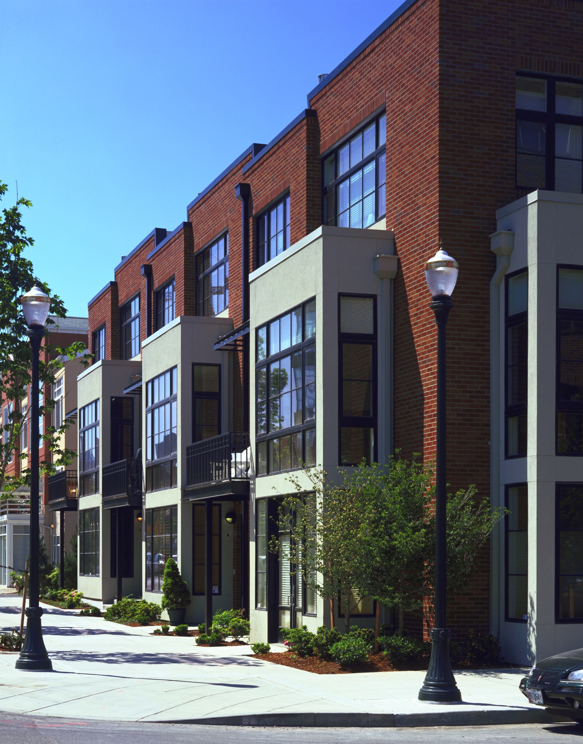 Johnson street townhomes portland ore residential for Home designers portland oregon