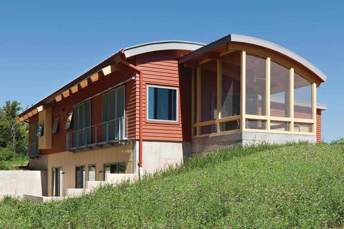 An architect applies simple solutions to a green house for John paul greene custom homes