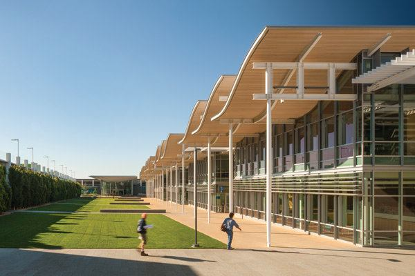 Newport Beach Civic Center And Park Designed By Bohlin