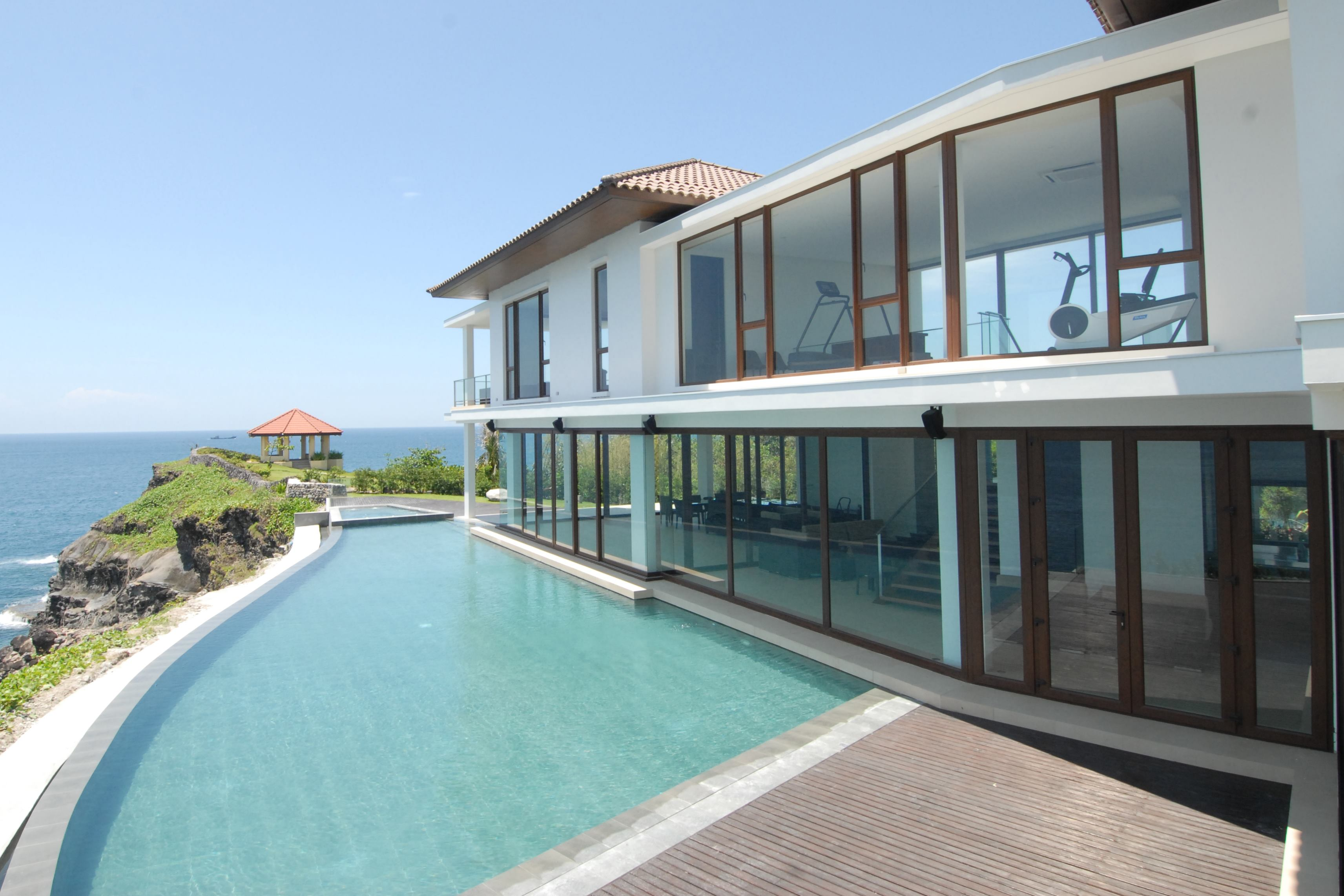 Wide-Span Doors Expand Your View & NanaWall Systems Folding Glass Doors | Custom Home Magazine ... Pezcame.Com