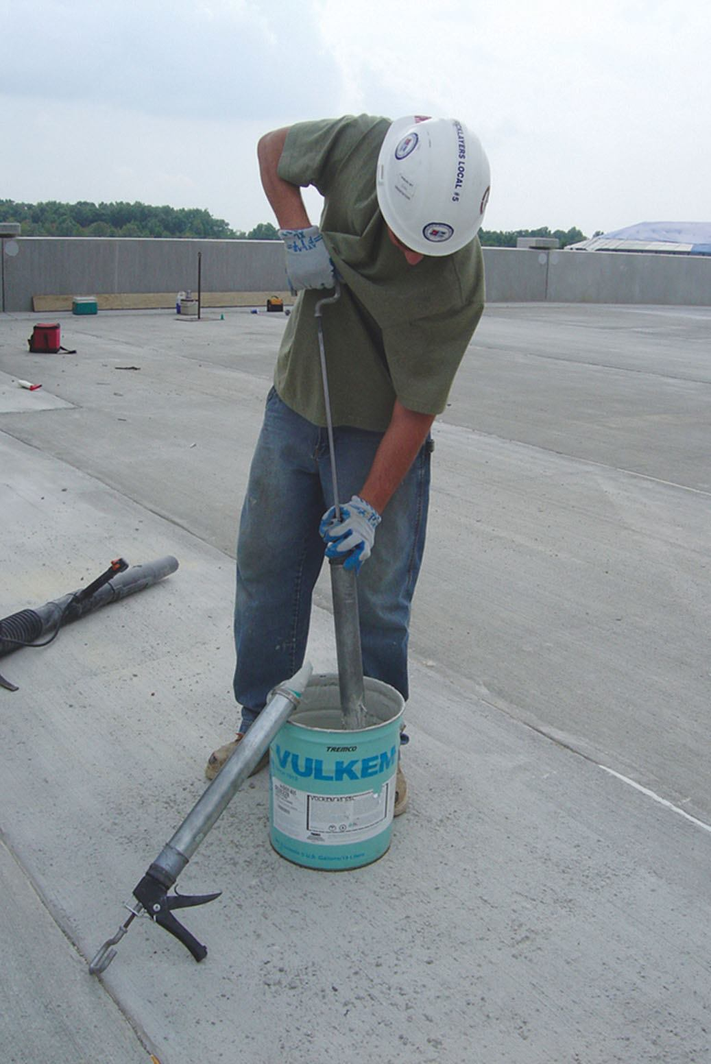 Self Leveling Finishes : Tremco commercial sealants waterproofing semi self