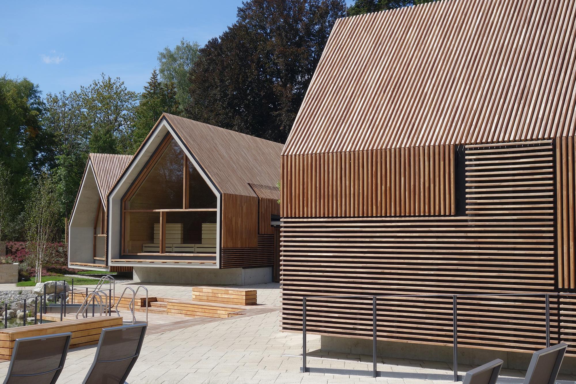 Parkhotel Jordanbad Sauna Village Wall Architect