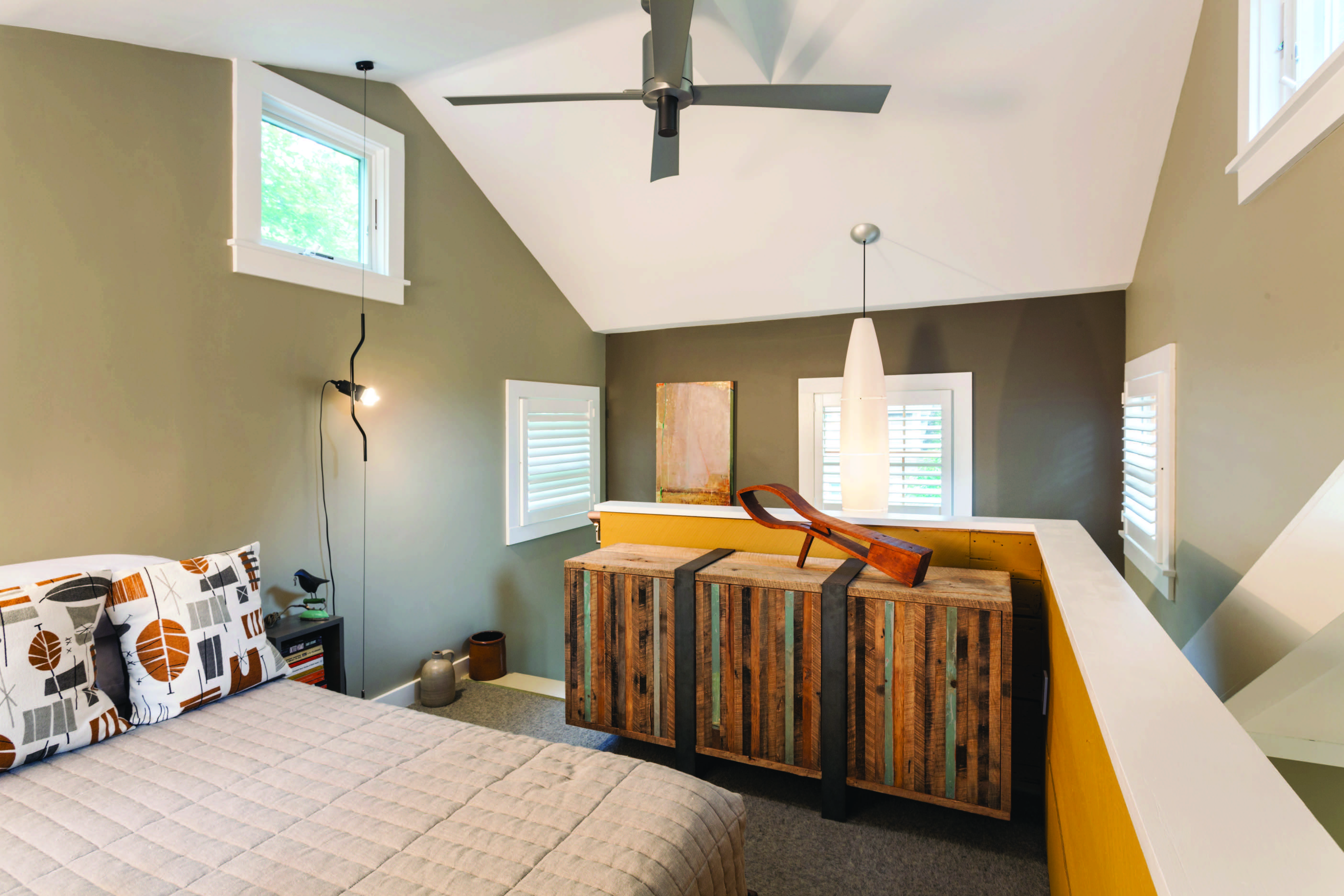 Maximizing space in a quaint summer cottage remodeling architecture whole house remodeling - Cape cod style bedroom image ...