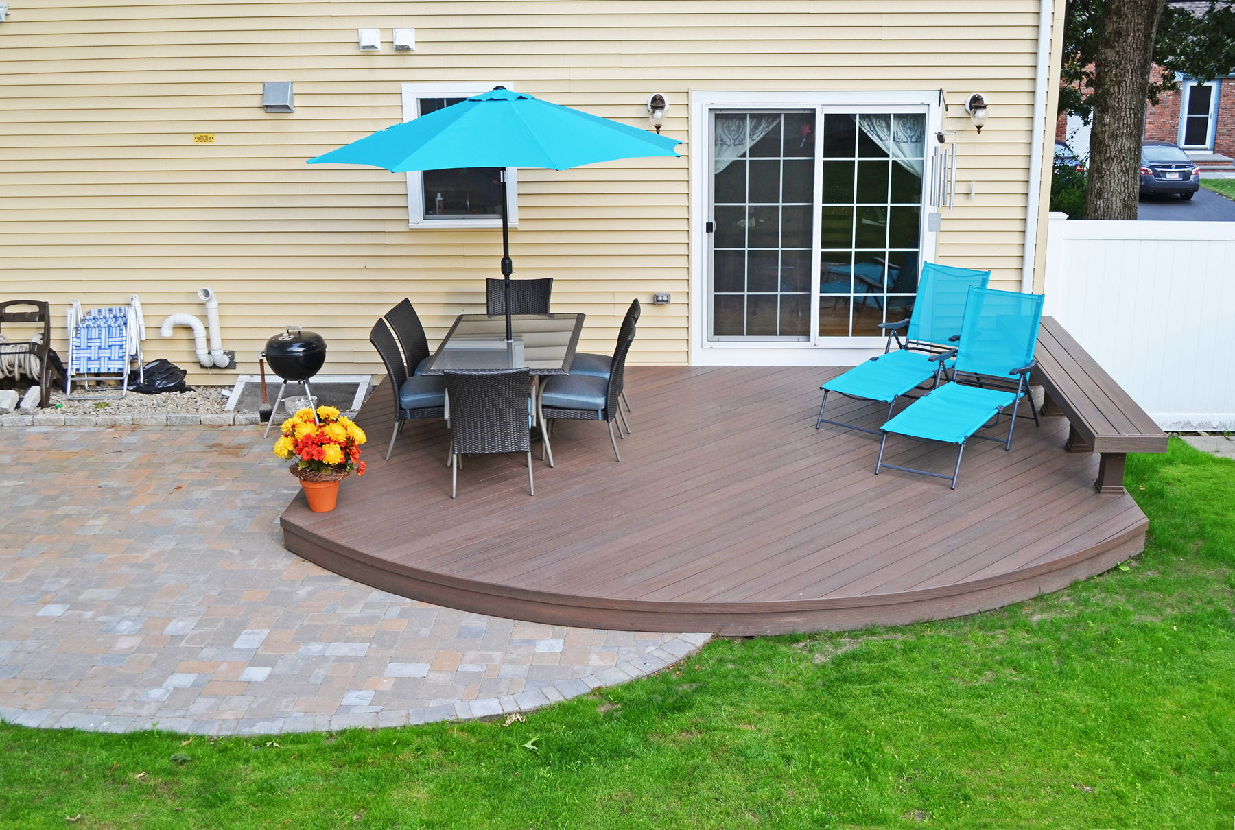 how to build a low level wooden deck