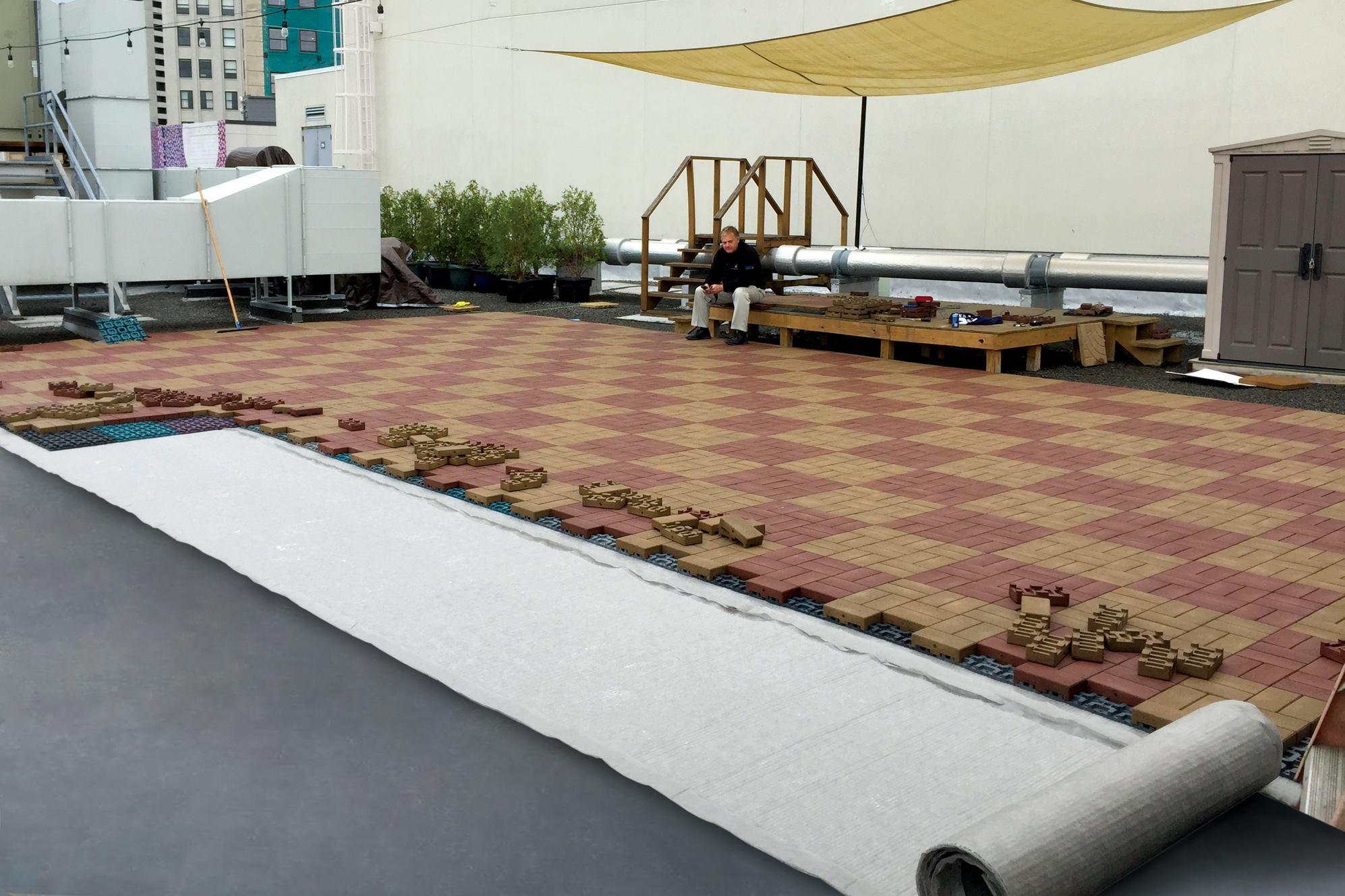 Azek Reccommends Bonar Enkadrain 3801 For Rooftop Pavers