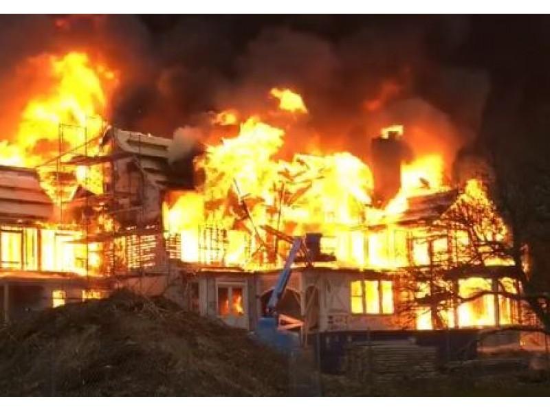 Fire Destroys Newport Rhode Island Mansion During