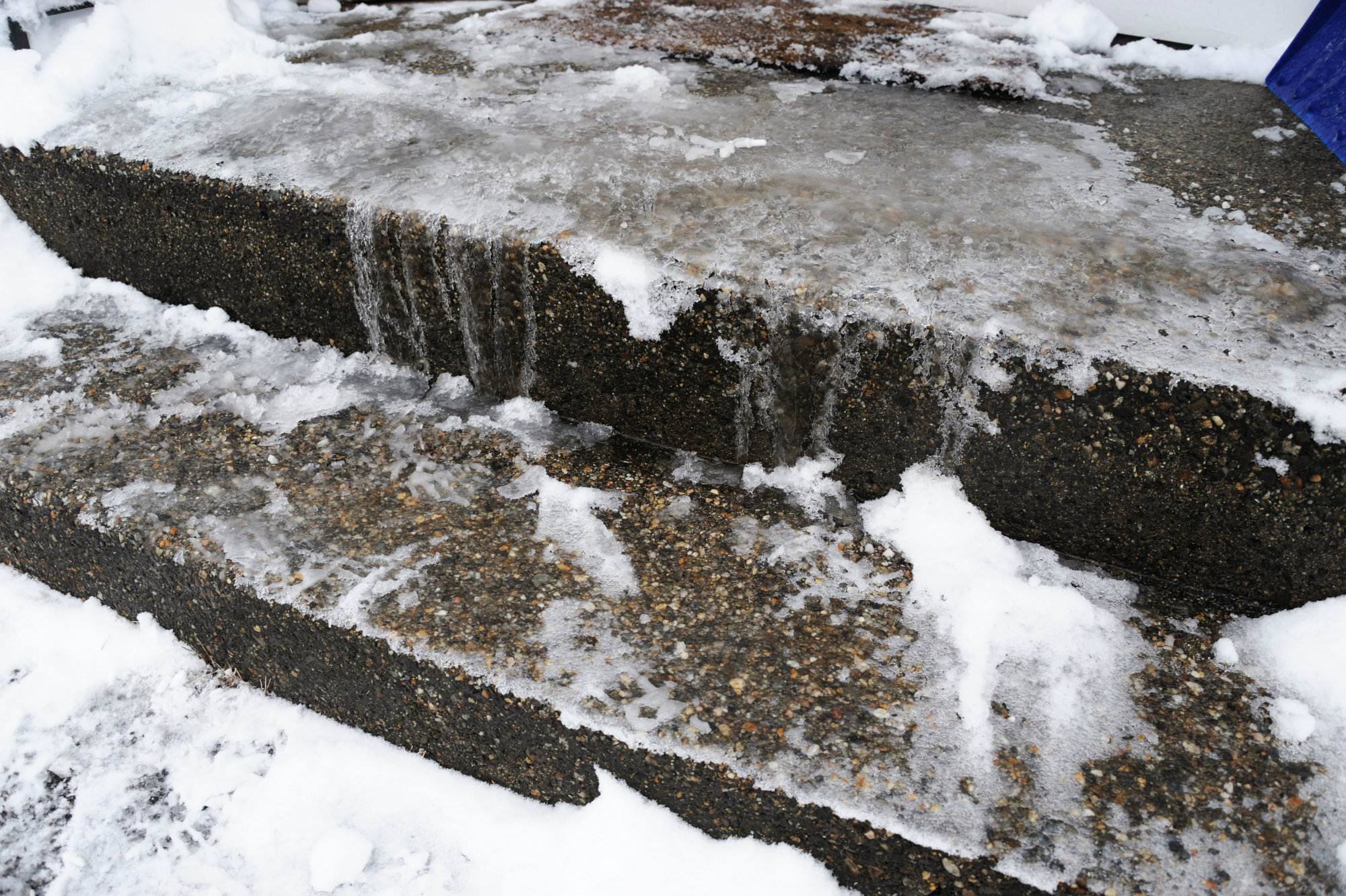 Protecting concrete in cold weather fprimec solutions for Concrete freezing