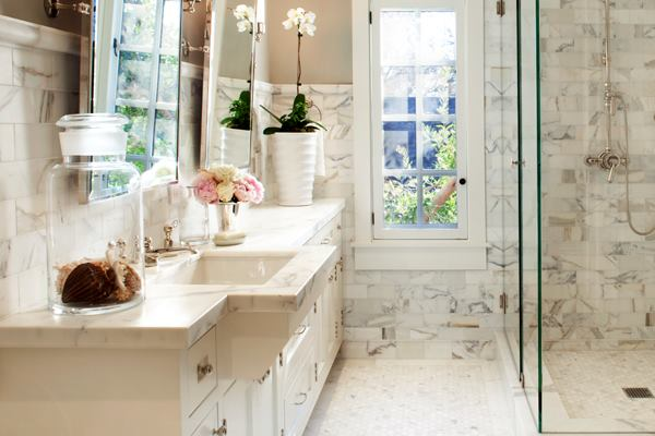 A Kitchen With Vintage Character: A Bath With Vintage Character And Contemporary Polish