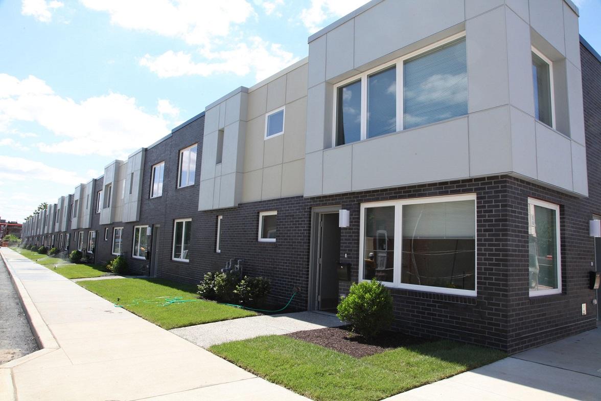 Hud Proposes Smoking Ban In Public Housing Housing