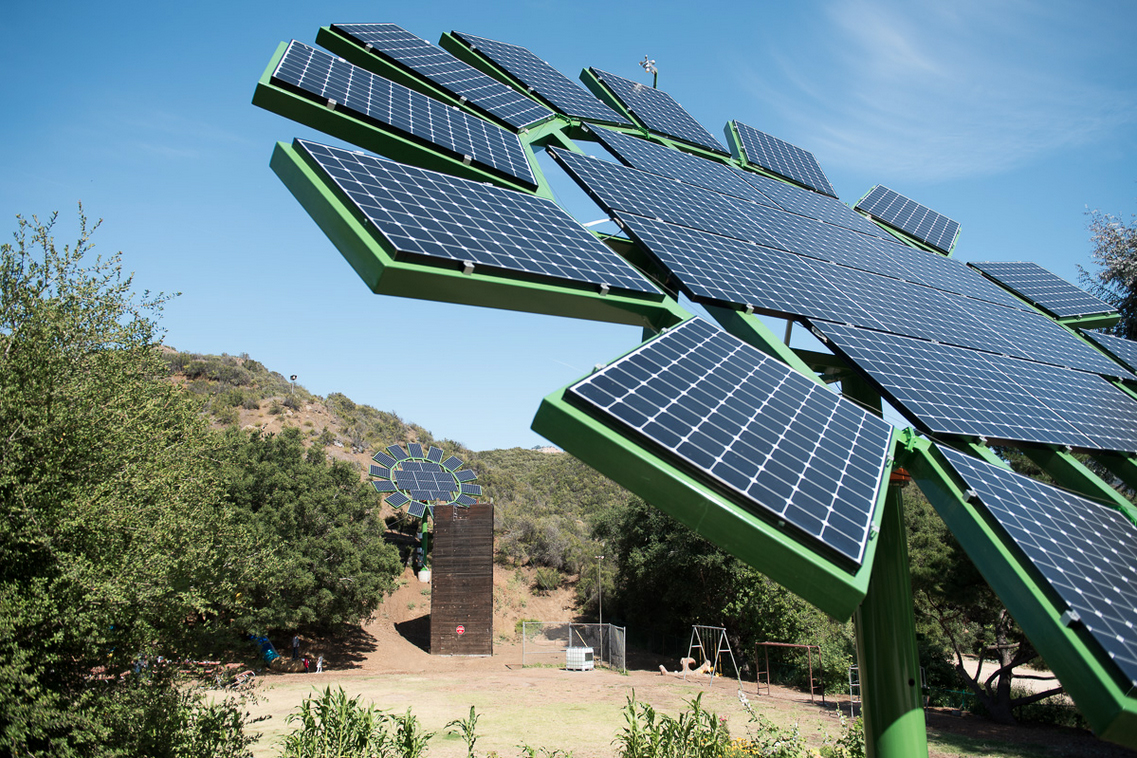 This week in tech james cameron is taking on solar panel for Solar powered home designs
