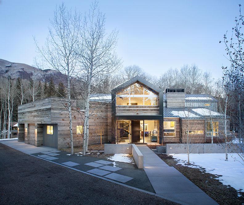Black birch modern architect magazine rowland for Aspen interior design firms