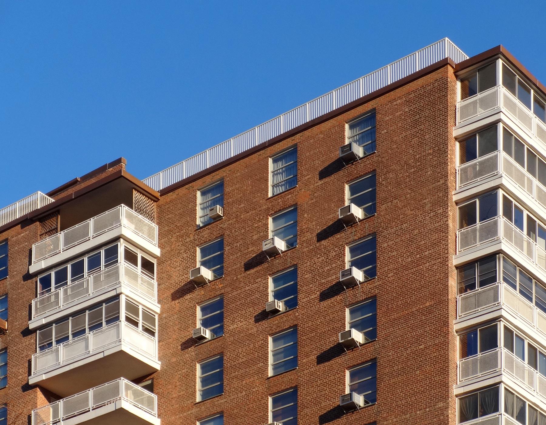 Crews fix 980 unit apartment building masonry construction for 6 unit apartment building
