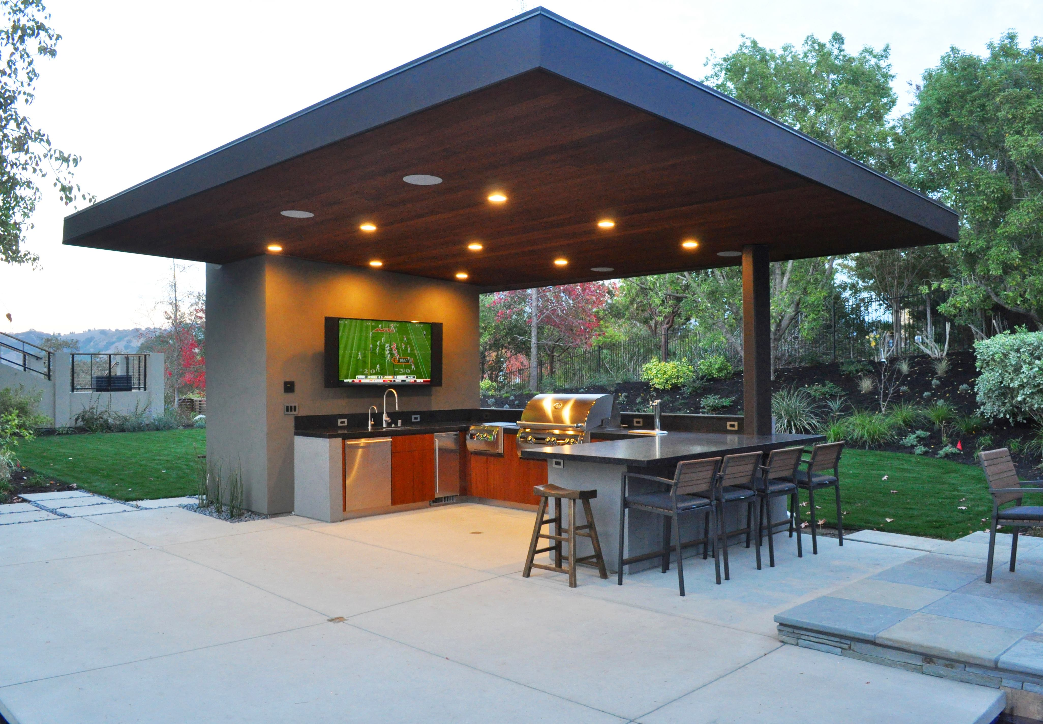 10 outdoor kitchen designs we love builder magazine for Outdoor kitchen pavilion designs