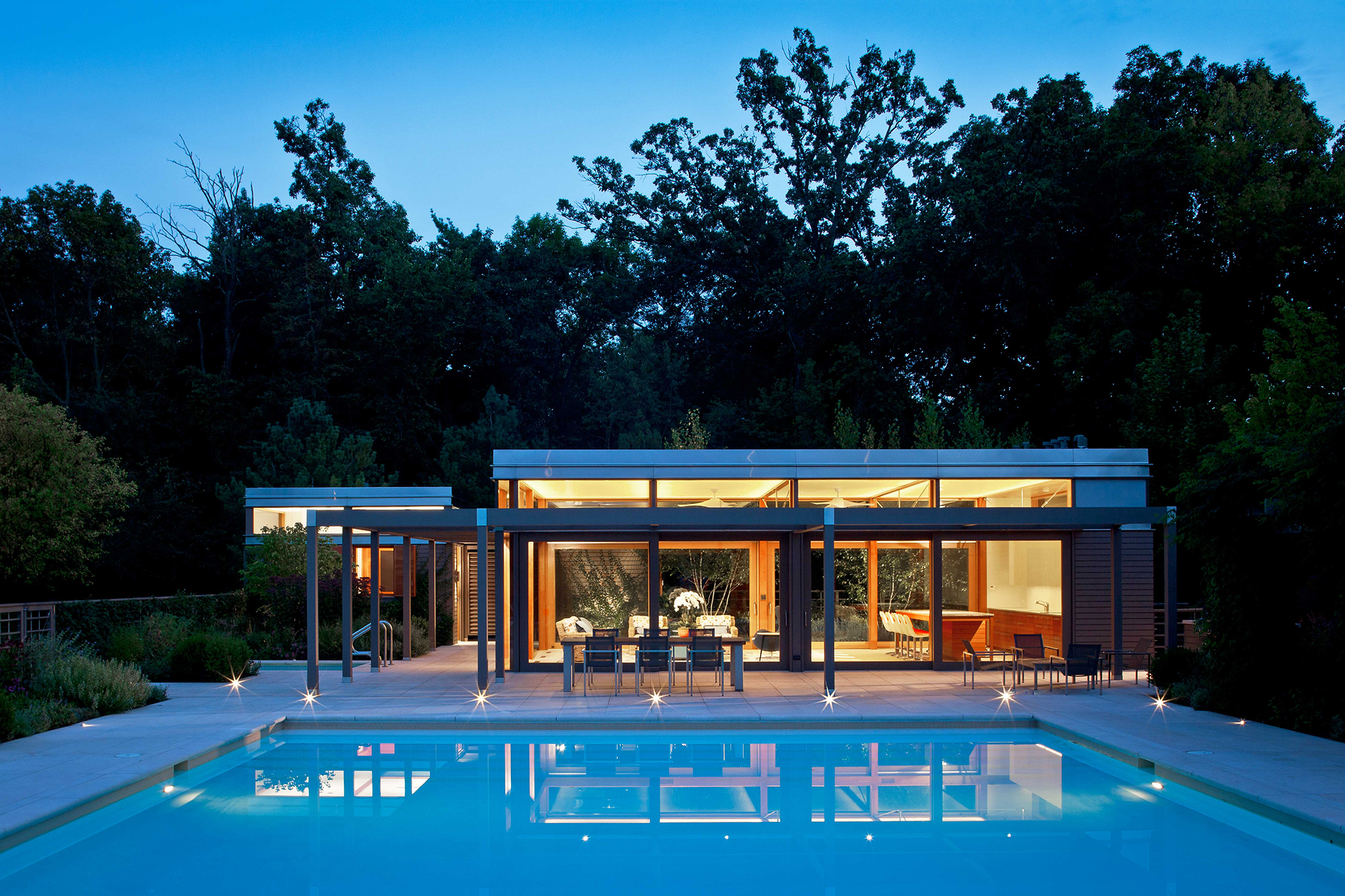 Midwest pool house architect magazine dirk denison for Custom pool house