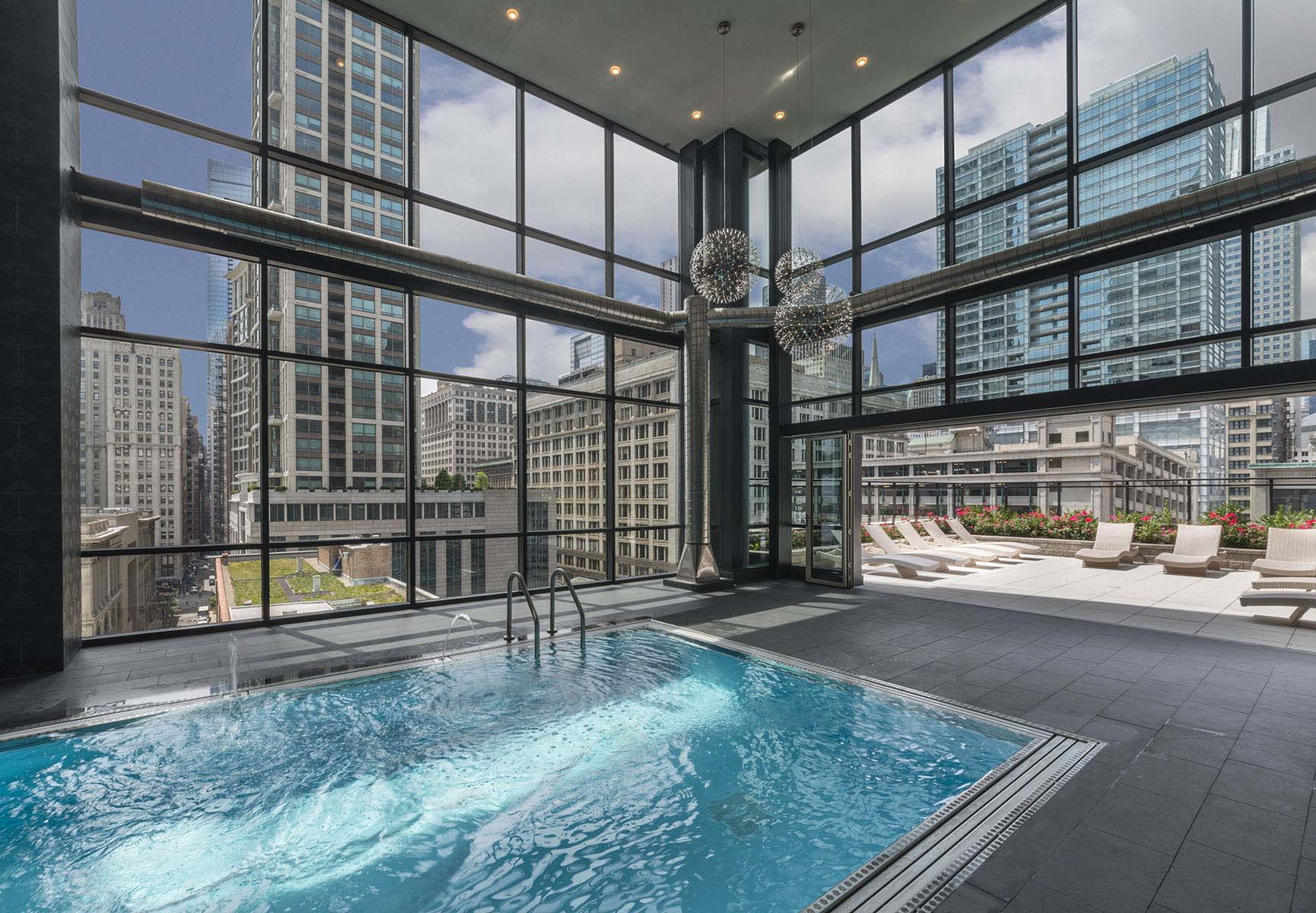 High end high rise meets success in chicago s south loop multifamily executive magazine - Pools in chicago ...