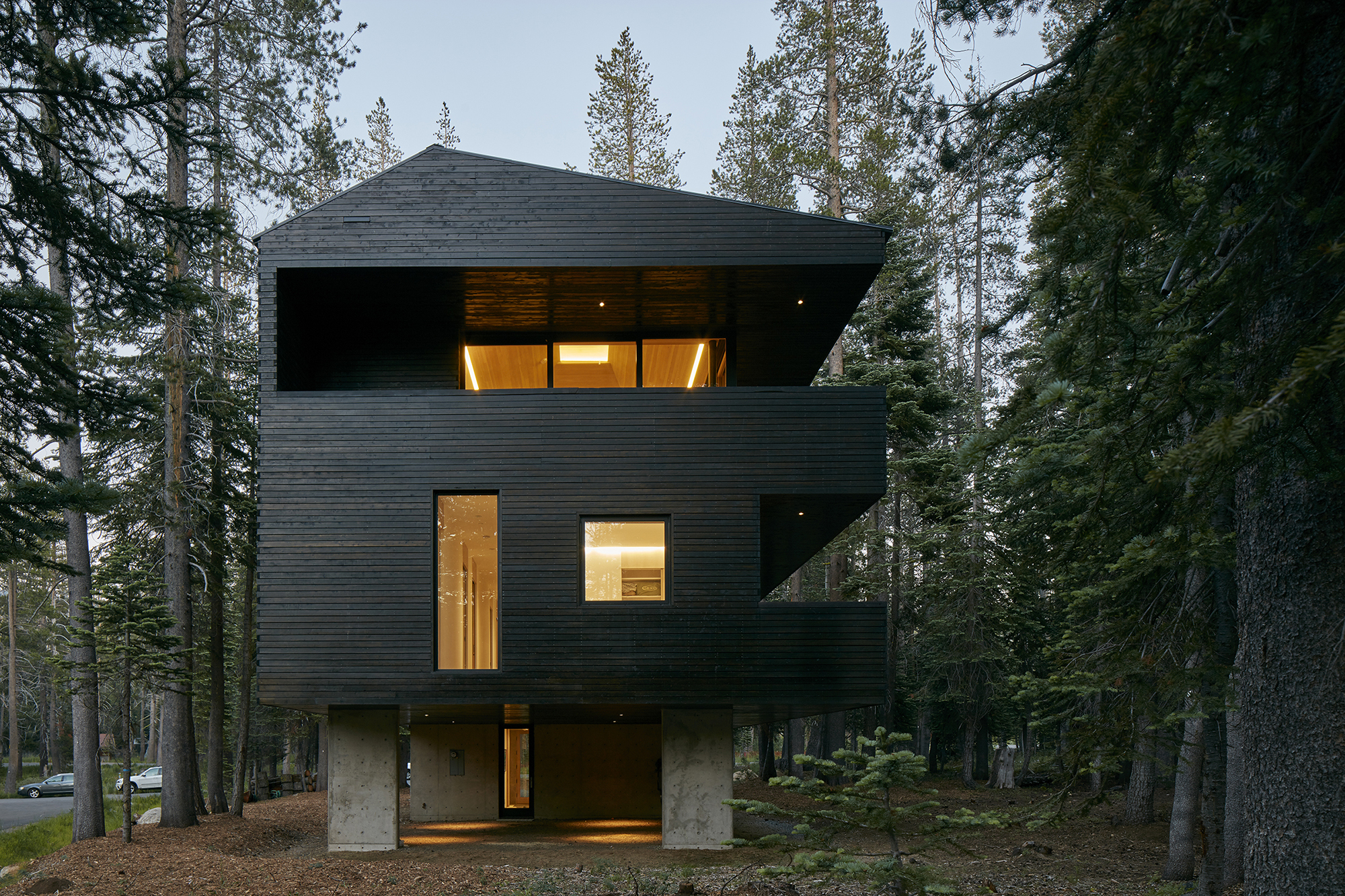 Troll hus architect magazine mork ulnes architects for Residential architect design awards