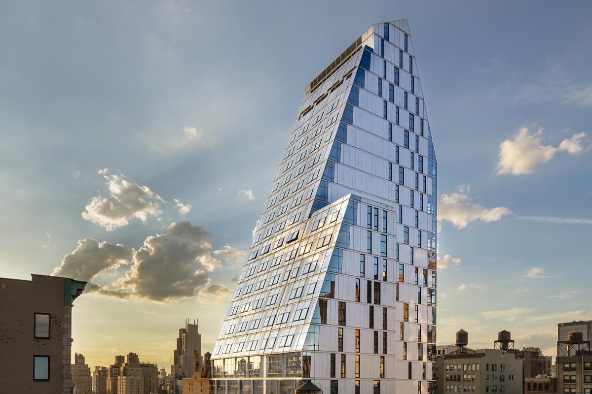 35xv architect magazine fxfowle architects new york for Residential architect design awards
