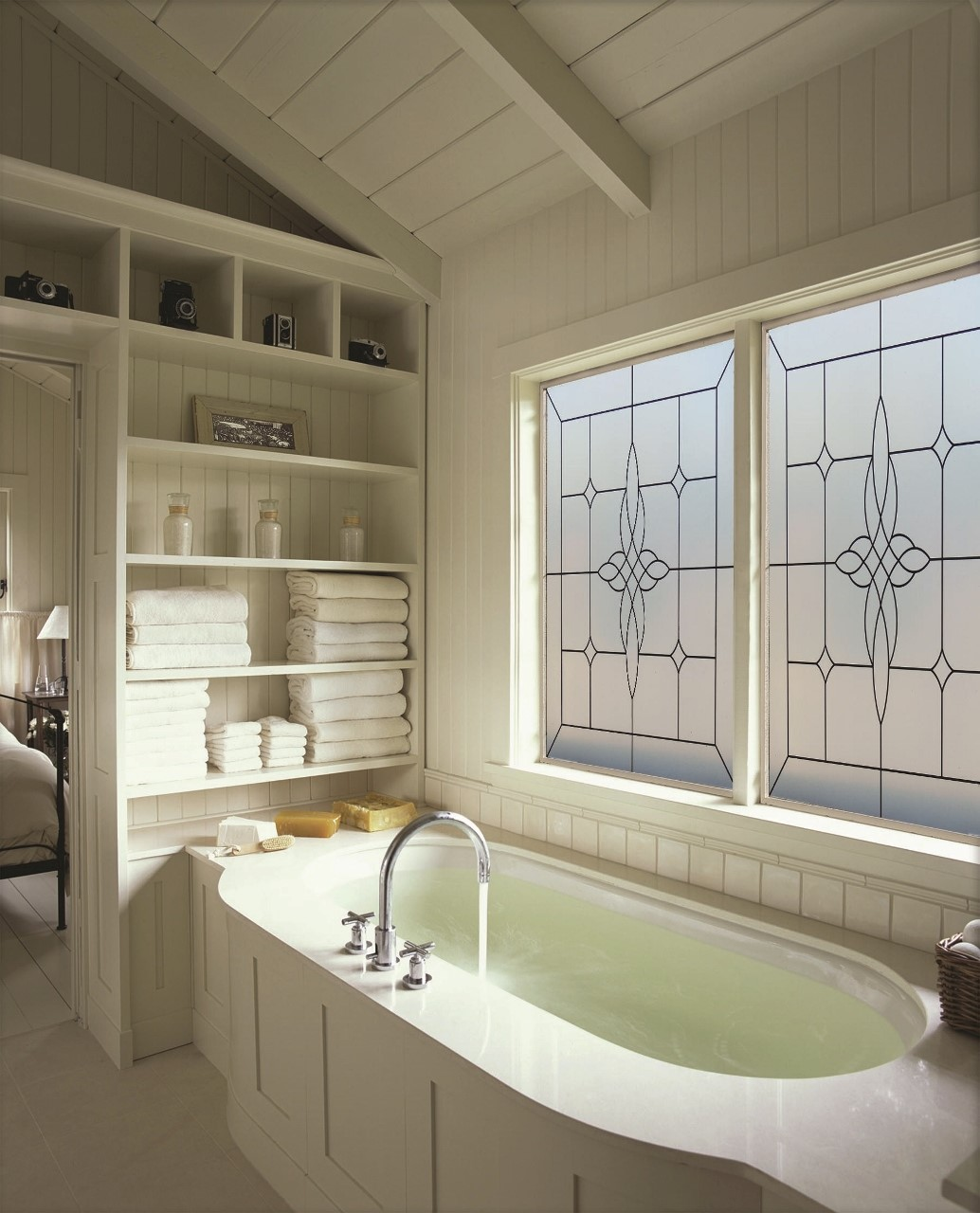 Hy lite offers 40 price cut on storm resistant windows for Glass block alternatives
