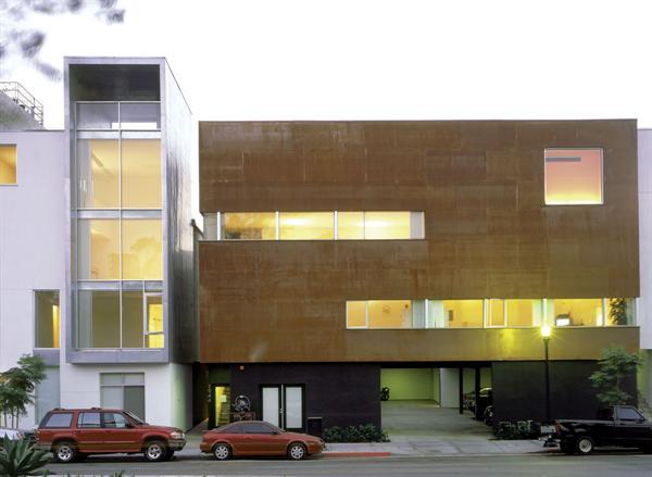 The Titan Architect Magazine Jonathan Segal Faia San