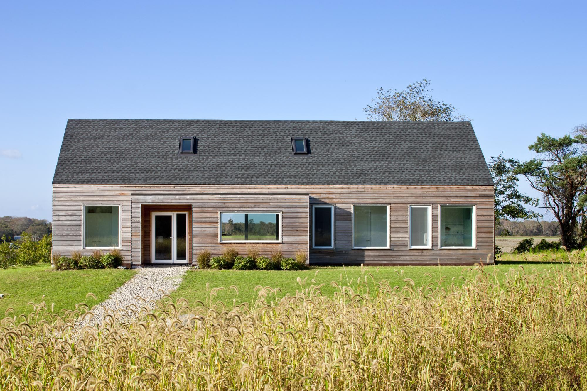 Ehda grand award new england vacation house ecobuilding for Efficiency house