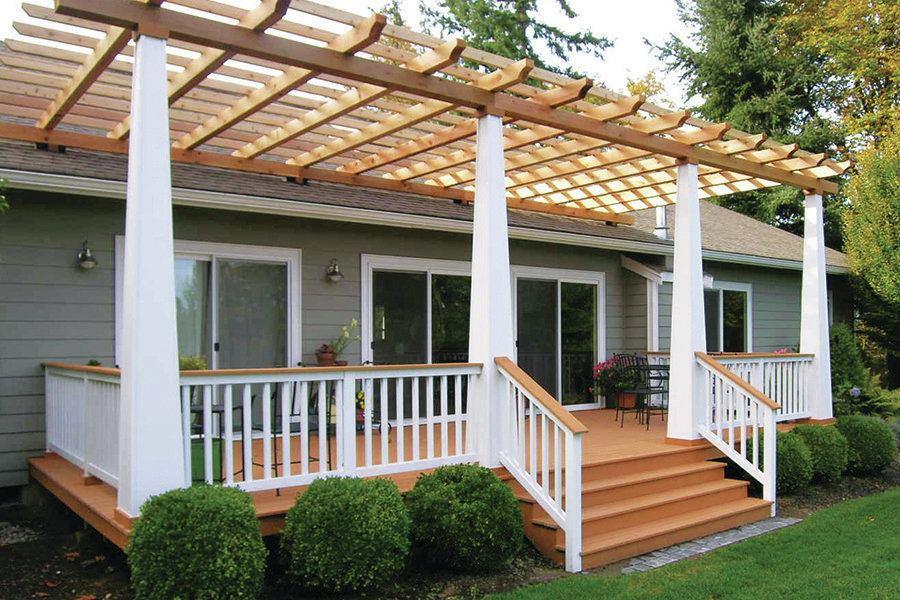 building  cedar pergola professional deck builder