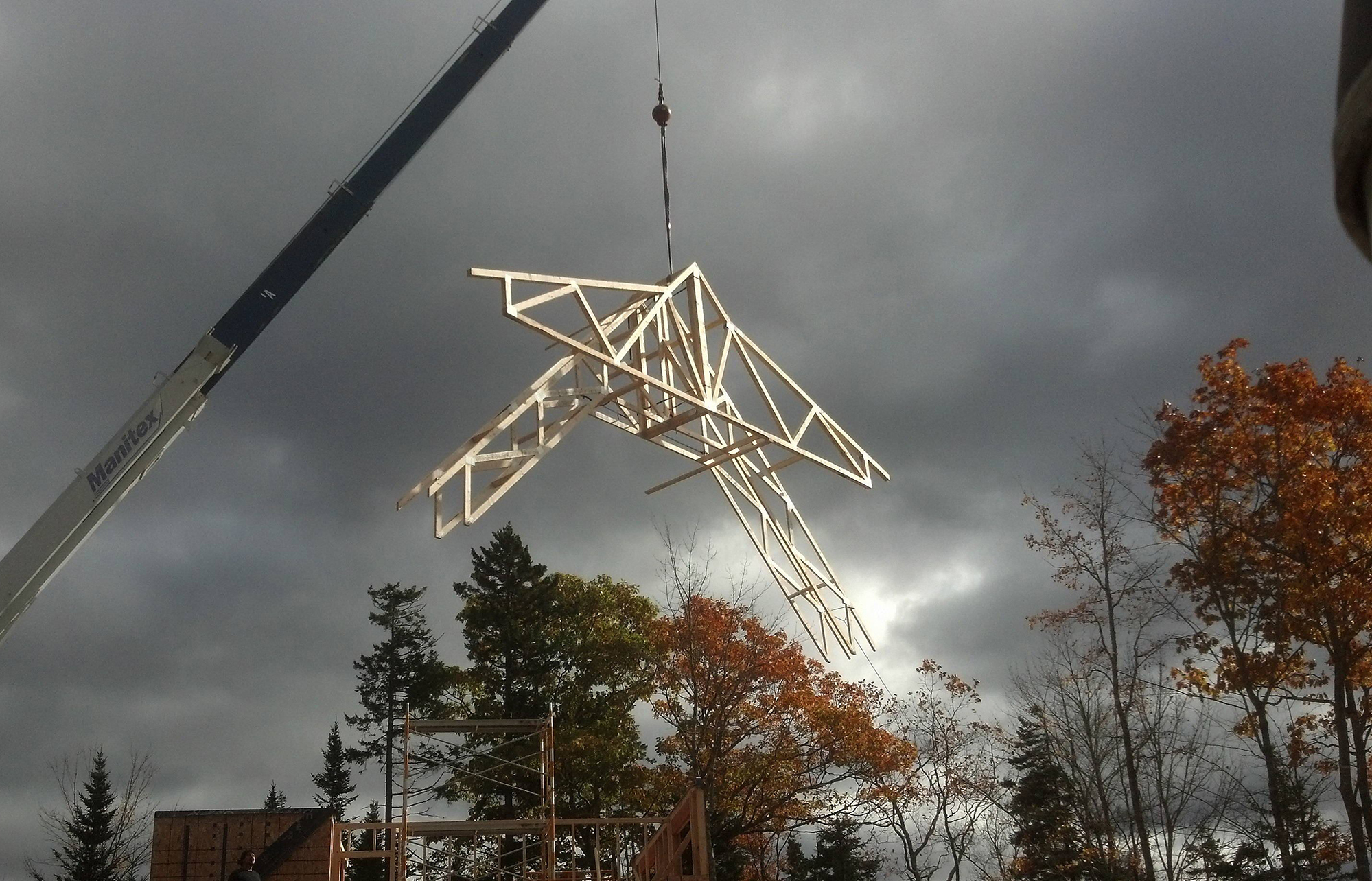 Roof trusses jlc online for Roof trusses installation