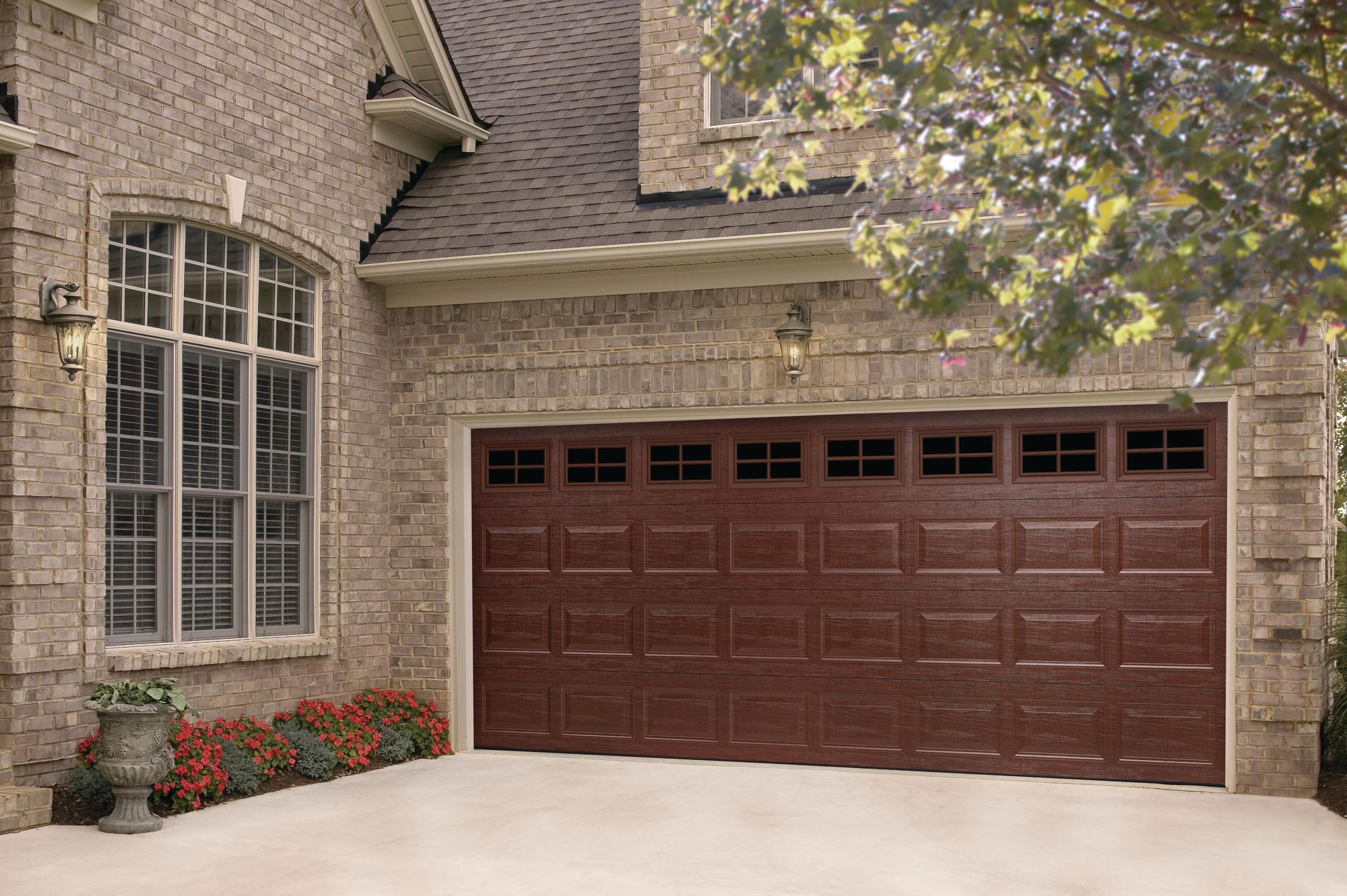 Amarr medium wood grain finish remodeling doors for Wood grain garage doors