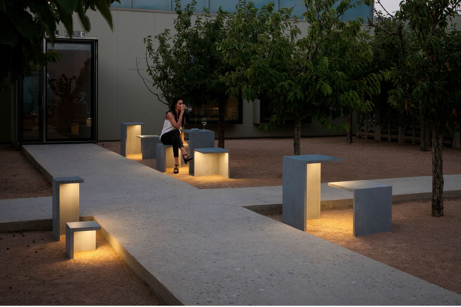 Josep xucl on decorative lighting for exterior for Exterior lighting design