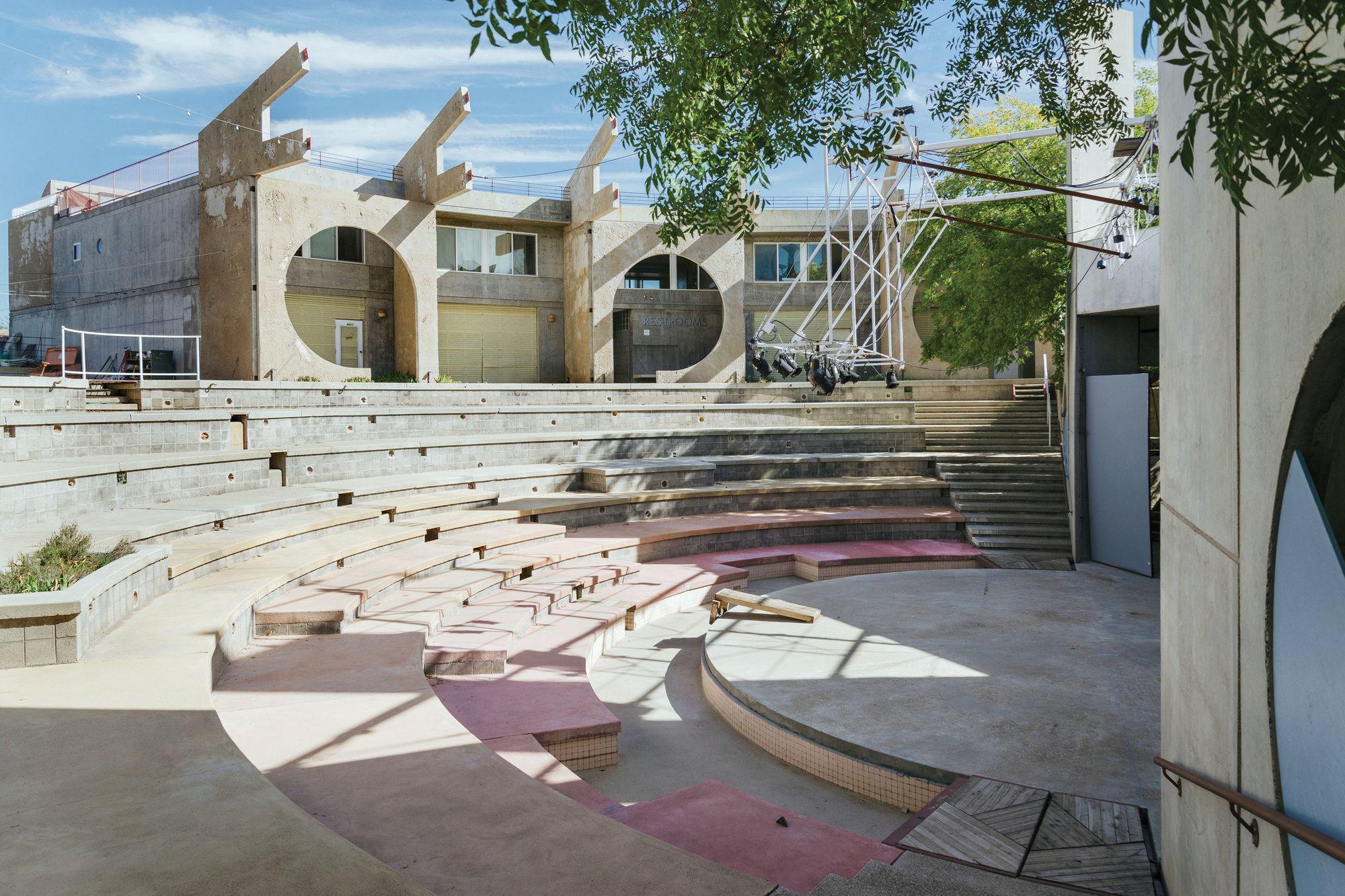 Past Progressives 1979 Arcosanti S East Crescent Complex