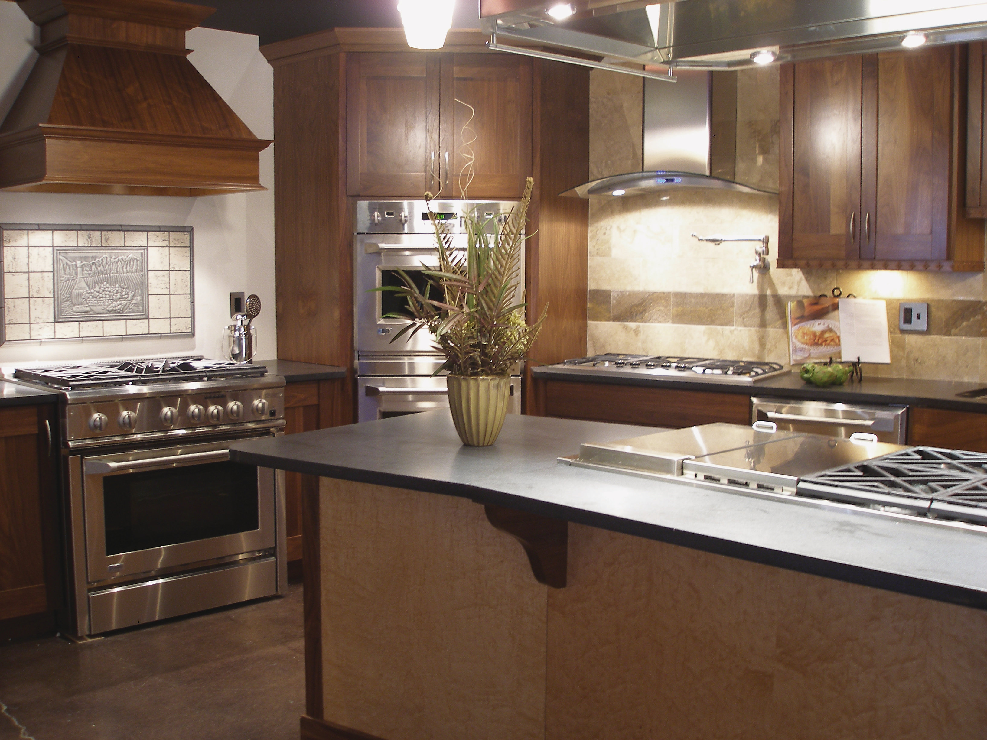 Adelphi birdseye maple veneer remodeling cabinets for Birdseye maple kitchen cabinets