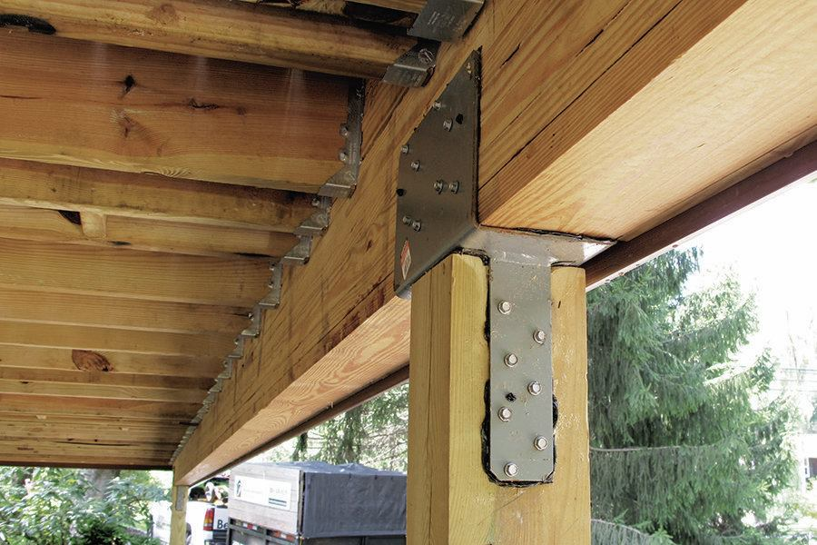 Clear Cedar Siding With Large Knotty Lumber Timber And Beam Accents