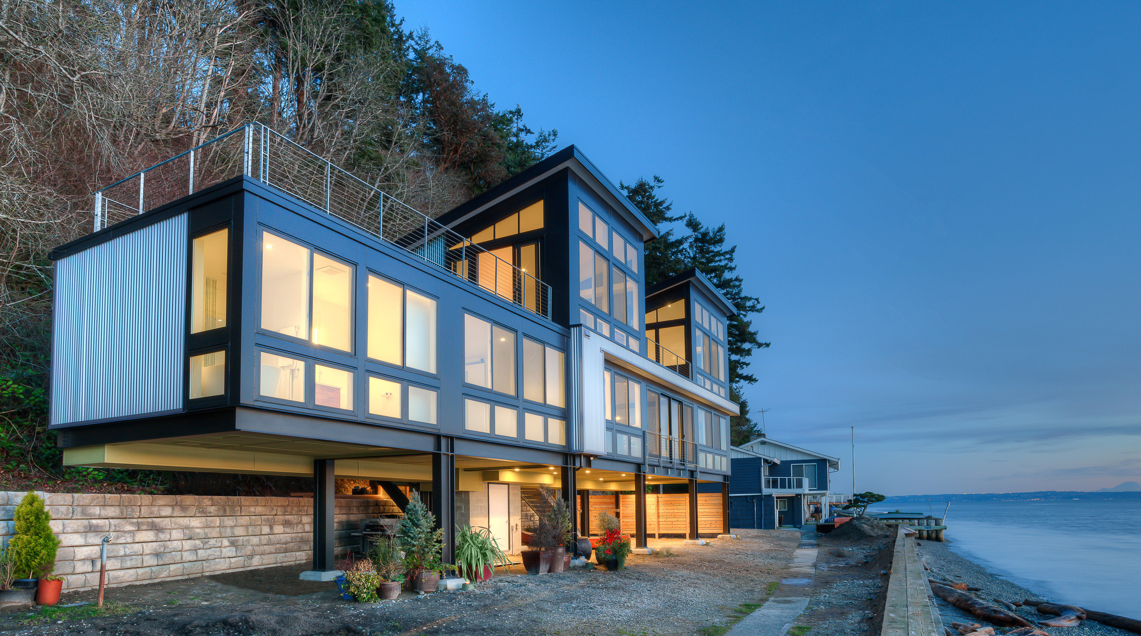 Saratoga hill house architect magazine designs for Beach house designs usa