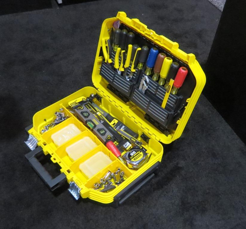 Fatmax Fmst21065 Rolling Tool Case Tools Of The Trade