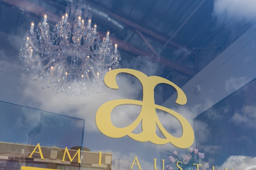 Award Winning Interior Designer Opens Design Studio In Downtown Memphis