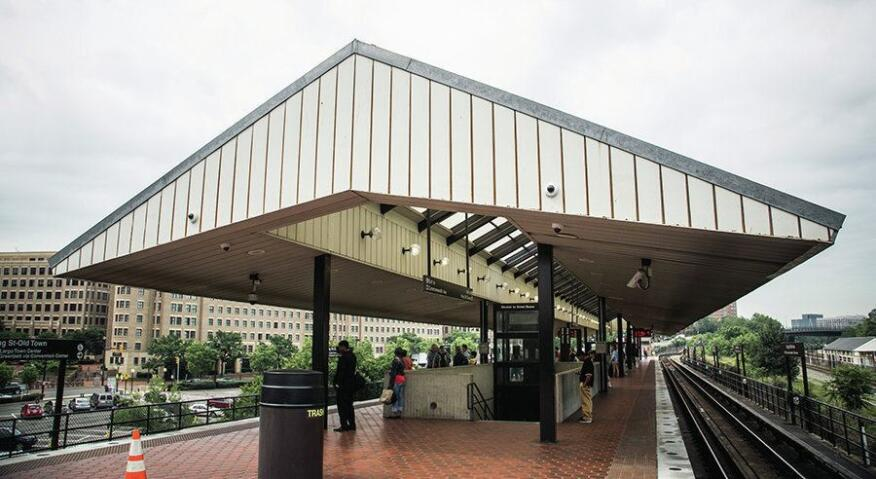 The King Street–Old Town station in Virginia has an angular roof that looks more like an overgrown garden shed than like anything connected with metro's original design template.