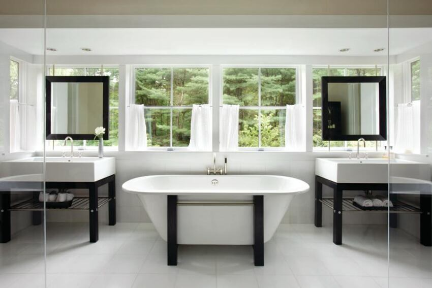Hutker Architects Brings the Outdoors Inside In This Master Bath