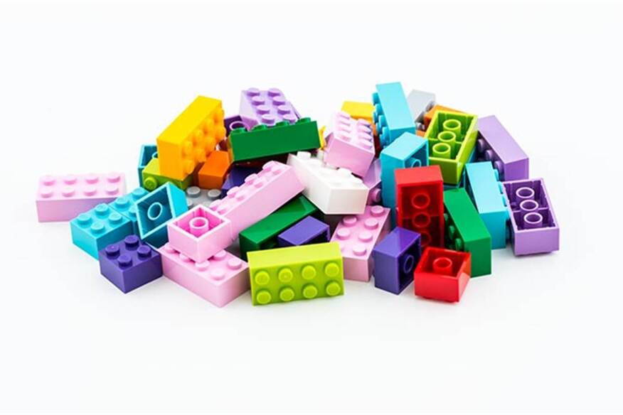 Sustainable Building Products plastic lego building blocks may be nearing their end| ecobuilding