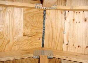 LACK OF DIRECTION: APA-The Engineered Wood Association warns that failure to pay attention to the grain pattern in multi-ply panels can weaken the structure.