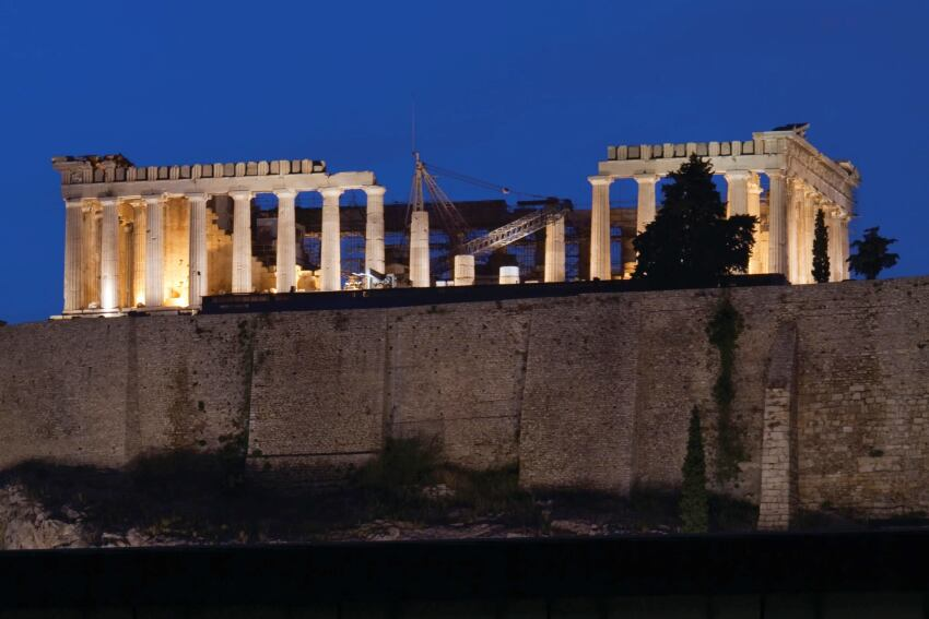The New Acropolis Museum, a Minimalist Showcase for Ancient Greek Art