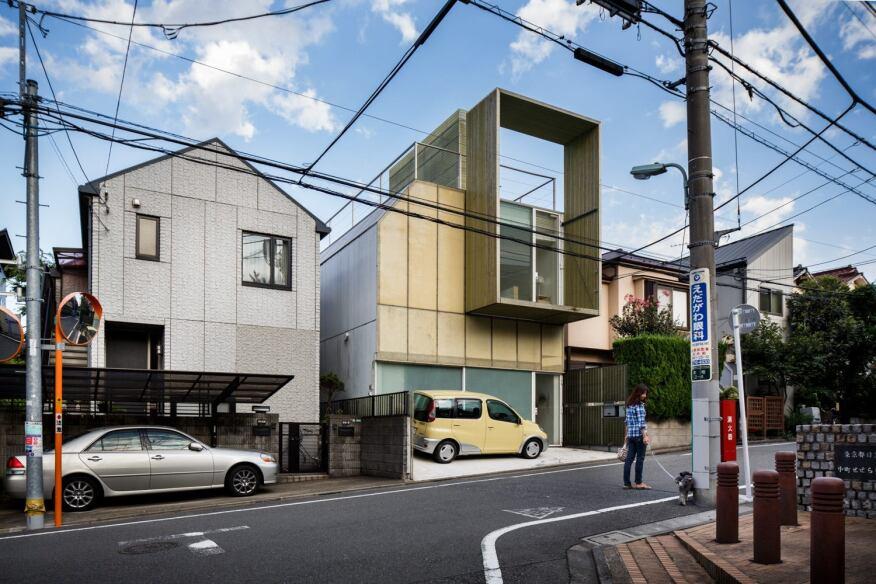Plastic House by Kengo Kuma. (2012)