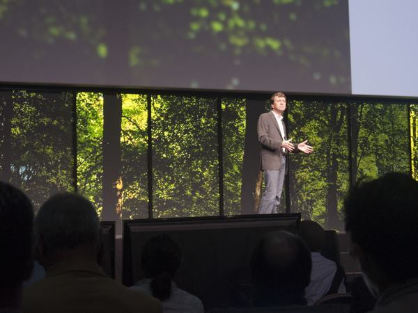 "Autodesk's chief technology officer, Jeff Kowalski, said that Autodesk has ""started to look at the design process as a living process"" during his keynote at Autodesk University earlier this month."