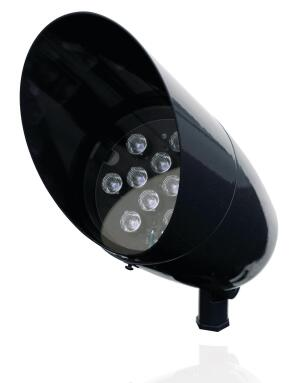 Philips HadcoÕs B4 LED Bullyte features a 50,000-hour life at 70% lumen maintenance and has an integral driver, eliminating the need for a ballast box. Narrow, medium, and wide (10-, 30-, and 50-degree) applications are available, as are cool-white and warm-white color temperatures. The mercury-free product is a suitable solution for uplighting, sign lighting, task lighting, moon lighting, or spot lighting. ¥ hadco.com