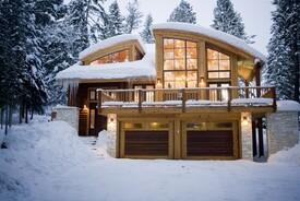 Blue Moose Ski Lodge