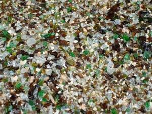 For an earthy look, landscape glass with a green and brown accent works well.