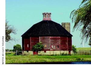 The Teeple Barn as it looked afterthe restoation of its cupola.