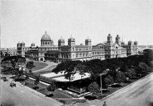 A view of the Secretariat in 1910, just a few years after it was built.