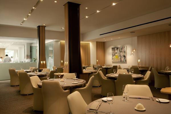 Grace Restaurant dining room.