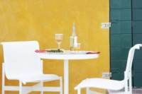 Dining Alfresco: How To Decorate a Patio on a Budget